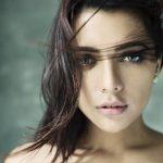 Ruhi Singh (24)