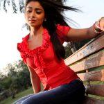 Shriya Saran (23)