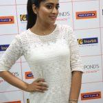 Shriya Saran (6)