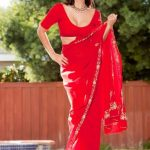 Sunny Leone Spicy Images In Red Saree (6)