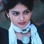 Vaibhavi Shandilya (28)