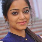 Janani Iyer (16)