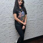 Ritika Singh (26)