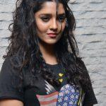 Ritika Singh (28)