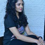 Ritika Singh (4)