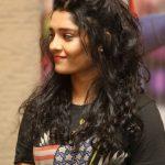 Ritika Singh (9)