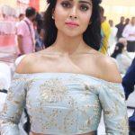 Shriya Saran (19)