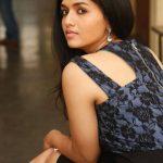 Sunaina  (16)