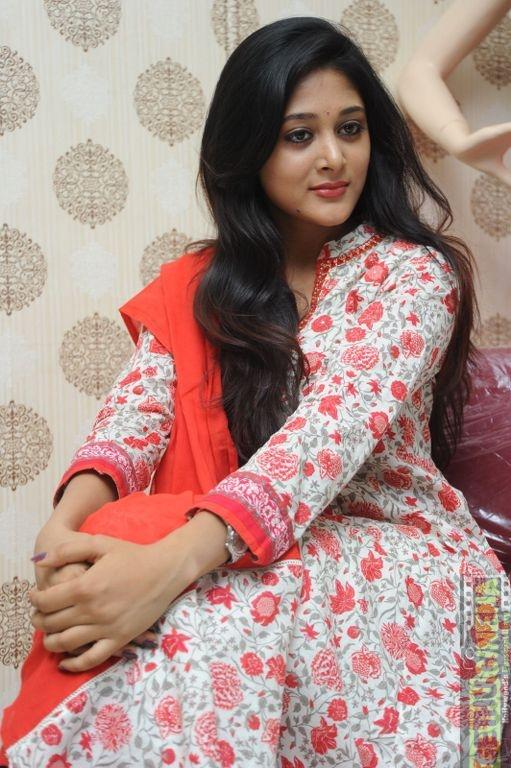 Actress Sushma Raj Gallery Gethu Cinema