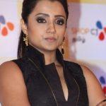 Trisha Krishnan (19)