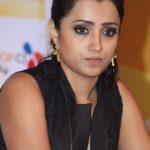 Trisha Krishnan (25)