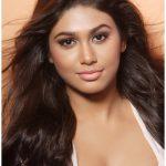 Manisha Yadav (19)