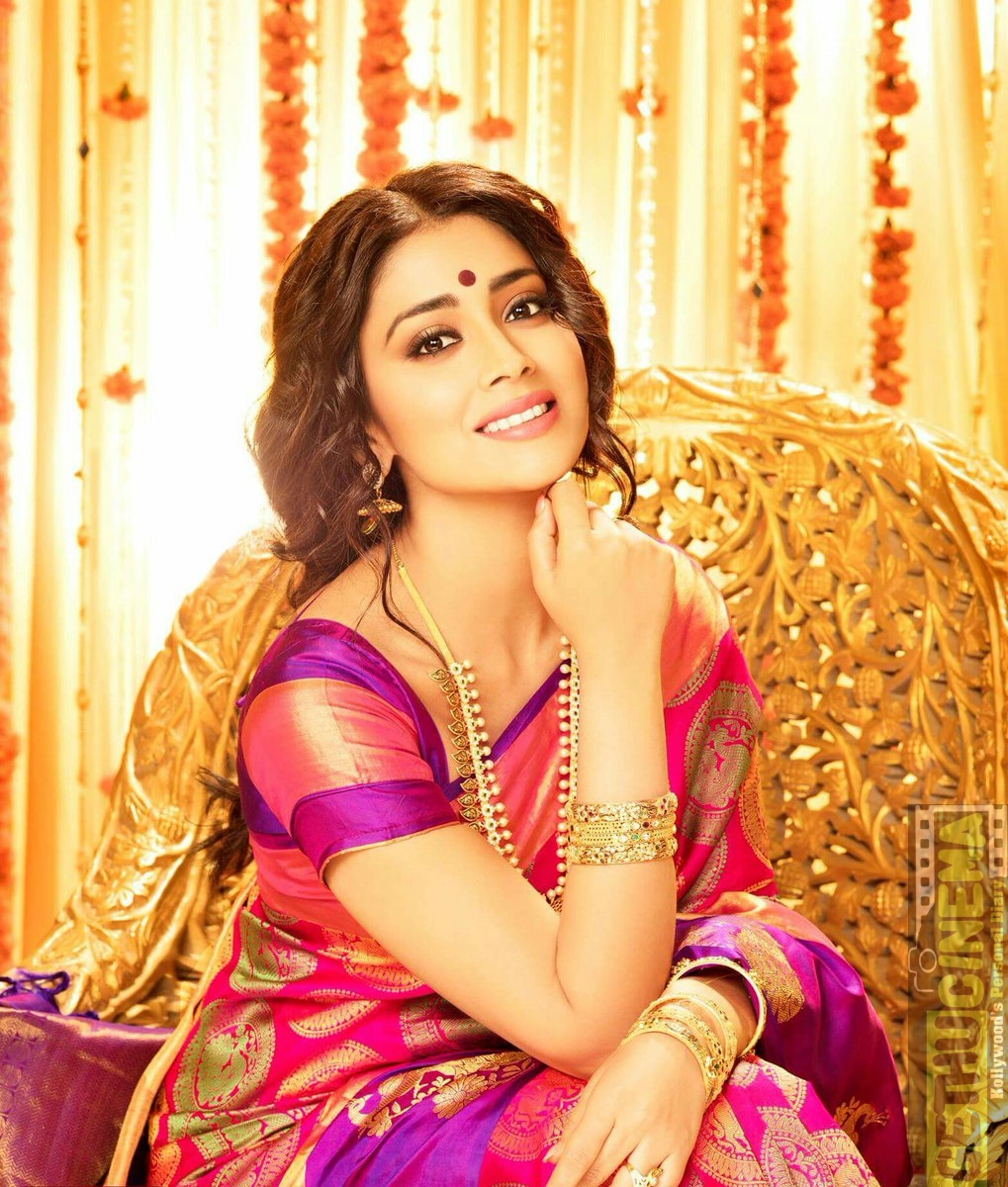 Actress Shriya Saran 2017 New HD PhotoShoot Gallery ...