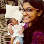 8 Thottakal Heroin Aparna Balamurali (23)