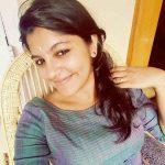 8 Thottakal Heroin Aparna Balamurali (24)