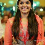 8 Thottakal Heroin Aparna Balamurali (31)