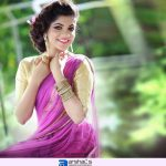 8 Thottakal Heroin Aparna Balamurali (7)
