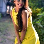 Ashna Zaveri (15)