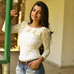 Ashna Zaveri (8)