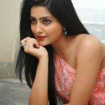 Avantika Mishra (17)