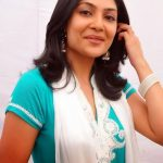 Kamalinee Mukherjee (11)