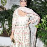 Shriya Saran At Lakme Fashion Week 2017 (2)