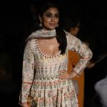 Shriya Saran At Lakme Fashion Week 2017 (7)