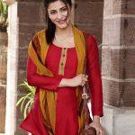 Shruti Haasan (21)