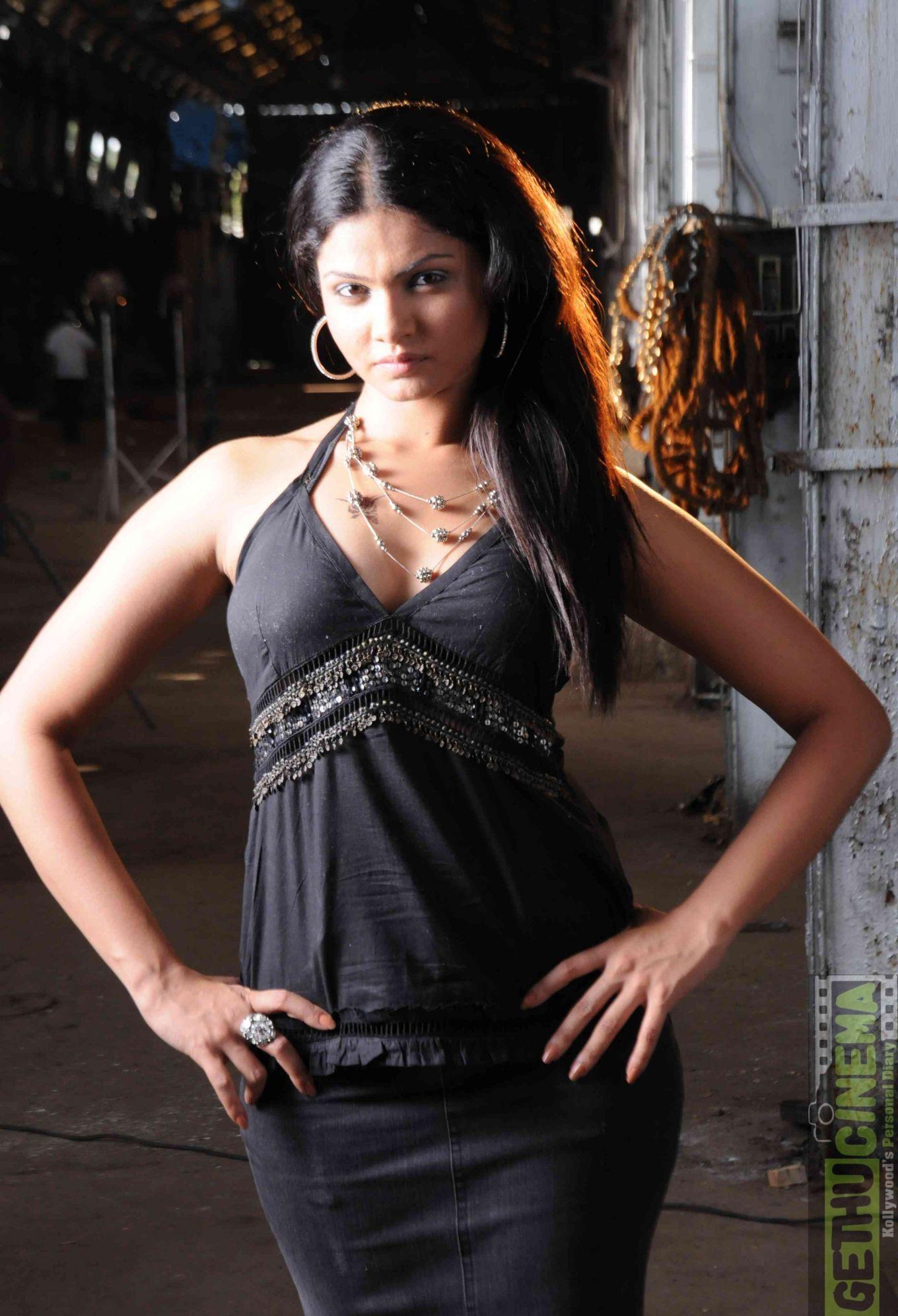 Robbie Kay (born 1995),Marianne Shine Adult video Allie Esiri,Edita Vilkeviciute LTU 3 2008?010
