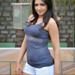 Catherine Tresa Hot Hd Photo Shot (2)