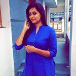 Kalakka Povadhu Yaaru anchor VJ Jacqueline (3)