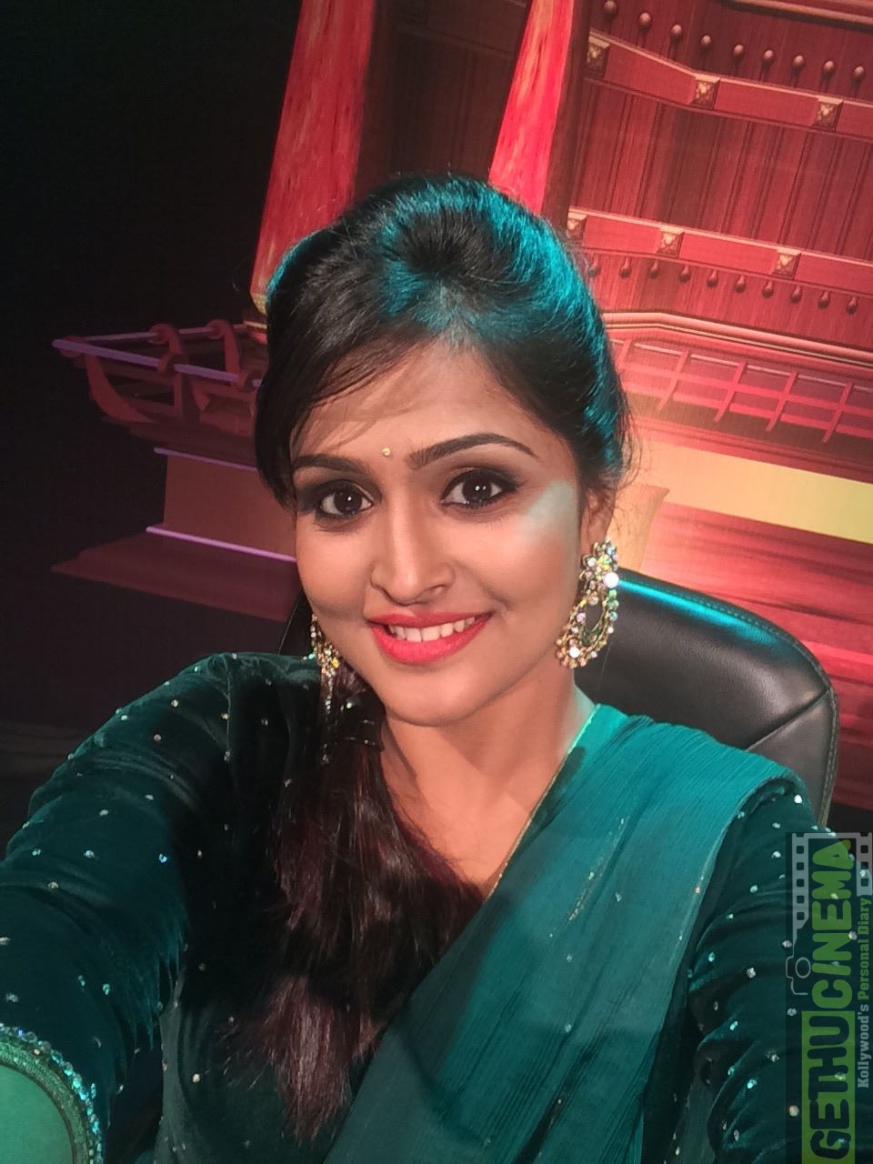 actress remya nambeesan 2017 latest photos - gethu cinema