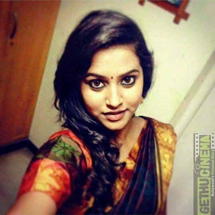 vijay tv anchor jacqueline fernandas latest hd gallery   gethu cinema