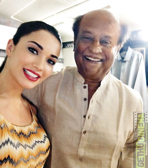 Amy Jackson selfie with Rajnikanth
