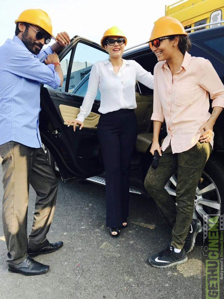 Director, Dhanush and Kajol in VIP 2 shoot GethuCinema (4)