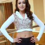 Catherine Tresa unseen latest photo shoot hot (21)