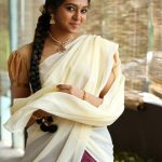 Lakshmi Menon at Yung Mung Sung Stills (4)
