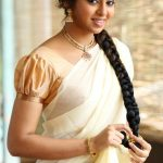 Lakshmi Menon at Yung Mung Sung Stills (8)