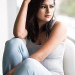 Shraddha Srinath 2017 new HD Fashion  (17)