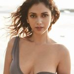 Aditi Rao Hydari 2017 Hot Pictures (4)
