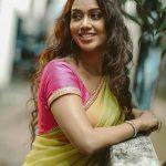 Nivetha Pethuraj HD Photos Gallery (8)
