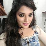 Meesaya Murukku actress  Aathmika (20)