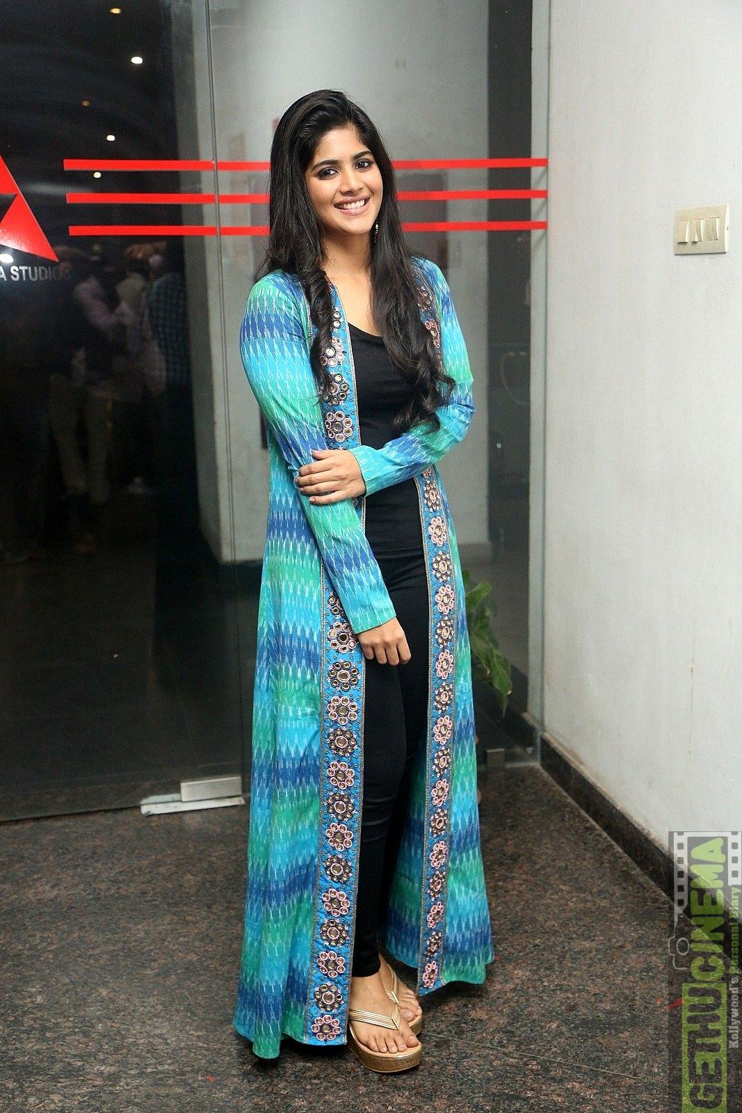Thota movie glamour stills