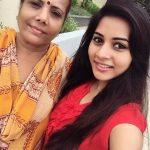 Suza Kumar cute pics (3)
