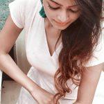 Actress Janani Iyer  2017 HD Photos  (11)