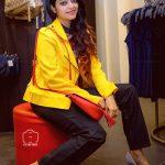 Actress Janani Iyer  2017 HD Photos  (15)
