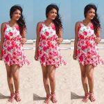 Actress Janani Iyer  2017 HD Photos  (4)
