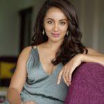 Actress Tejaswi Madivada 2017 HD Photos (11)