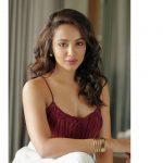 Actress Tejaswi Madivada 2017 HD Photos (13)