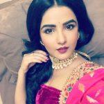 Jasmin Bhasin (11)